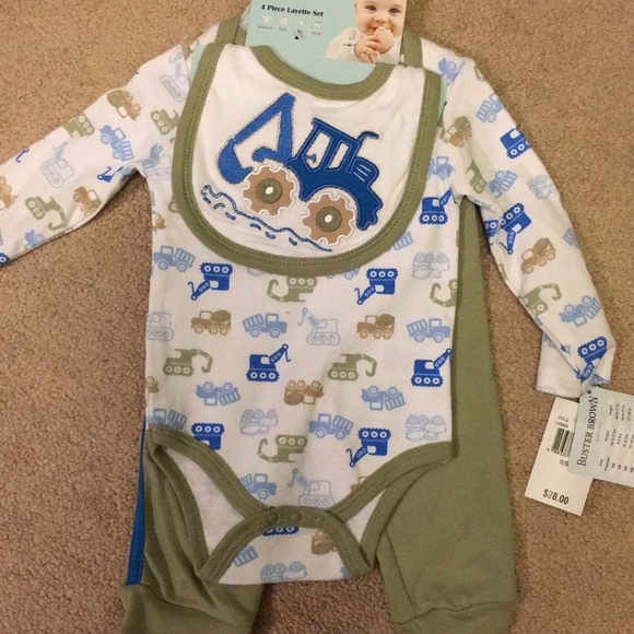 buster brown Other - Baby boy layette set